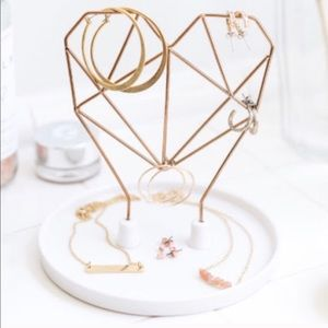 Wired Heart Jewelry Holder